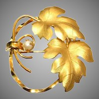 12kt Gold Filled Vintage Leaf & Circle Pin with Half Pearl