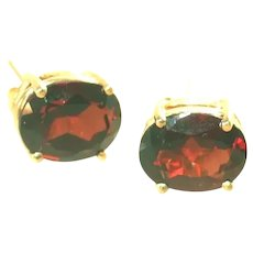 14k Yellow Gold Large Deep Red Garnet Stud Earrings, Pierced