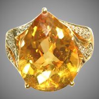 14k Large Pear Shaped Citrine Gemstone & Pave Diamonds Vintage Cocktail Ring, Size 8