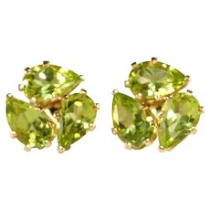 14K Yellow Gold Vintage Three Large Pear Shaped Peridot Stones Pierced Stud Earrings