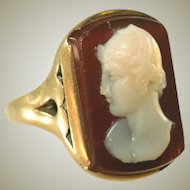 Antique Victorian 18k Gold Victorian Hard Stone Sardonyx Carved Cameo Unisex Ring, Size 7 ½