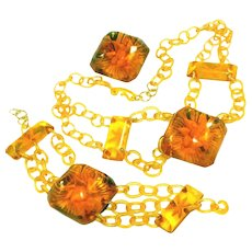 Anemone Reverse Carved Bakelite & Celluloid Very Rare Iconic Chunky Parure or Set, Necklace, Bracelet, Pin