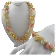 1930s Colored Sea Shells Set ~ Necklace and Bracelet ~ Celluloid Clasp, Natural Shells