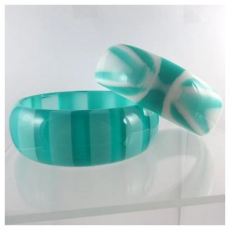 Pair 1960s Lucite Bangles ~ Aqua Batik, Stripes ~ NOS Best Plastic Co.