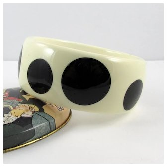 Polka Dot Lucite Bangle ~ Black & Ivory ~ c1960s ~ Vintage