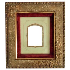 19th c. Picture frame Wood & Gesso Velvet Liner for Photo Photograph Cabinet Card Antique Victorian