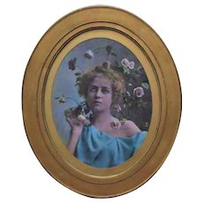 19th c. Romantic Chromolithograph Portrait Girl Woman Lady Antique Victorian Roses