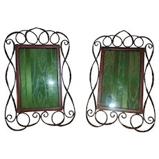 """PAIR of 19th c. English Brass Photo Picture Frames Wire Ring Link Coil 4 1/4"""" x 6 3/4"""" Opening Antique Victorian Art Nouveau"""
