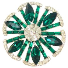 Vintage green Crystal Rhinestones Round brooch pin unsigned