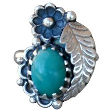 VINTAGE Navajo Sterling Ring with Feather & Turquoise