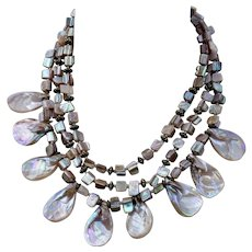 Beachy Vibe VINTAGE Iridescent Multi-Strand Shell Necklace
