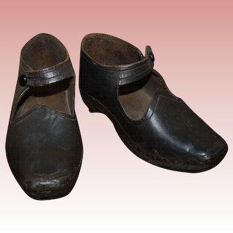 Antique Children's clogs