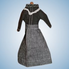 Antique doll's dress