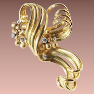 Art Deco 18-22k Gold Diamond Ribbon Scroll Coat Brooch c1930-50
