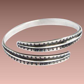 Scandinavian Modern David Andersen Saga Design Norway 925S Sterling Silver Bypass Bangle Bracelet