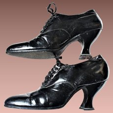 Late Victorian Ladies Black Patent Leather Lace up Heels Symonds Shoe Co c1910 sz6AAA