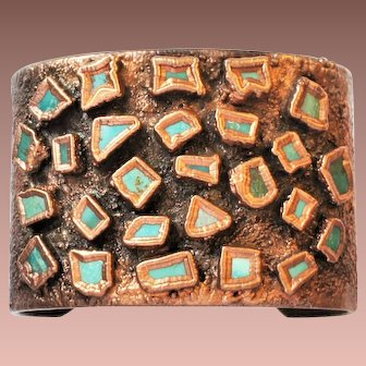 Vintage mid Century Bell Solid Copper American Southwest Wide Turquoise Cuff Bracelet