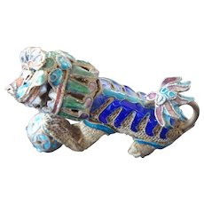 Vintage Chinese Gilded Filigree Shaded Enamel Articulated Foo Lion Figure
