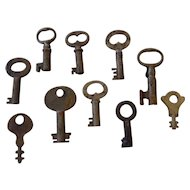 Set of 10 Small Skeleton Keys