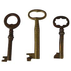 3 Open Barrel  vintage Brass Skeleton Keys