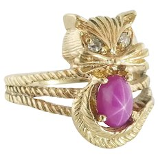 Vintage 14K Yellow Gold, Synthetic Star Ruby & Diamond Cat Ring