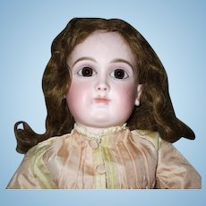 "French Schmitt girl - 17"", closed mouth , original wig"