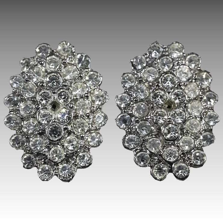 Fabulous Vintage Rhinestone Clip On Earrings