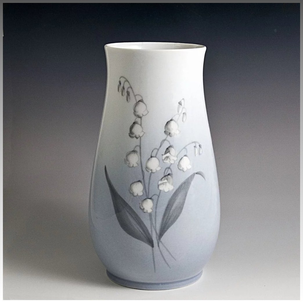 Bing grondahl lily of the valley porcelain vase scandinavian lily of the valley porcelain vase click to expand reviewsmspy