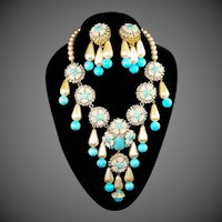 STANLEY HAGLER, NYC Imitation Turquoise & Pearl Pendant Necklace & Pendant Clip Earrings Set