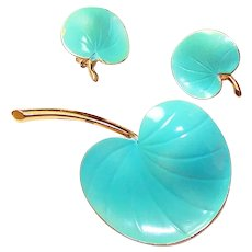 PASTELLI Turquoise Enamel Lily Pad Pin and Clip Earrings Set