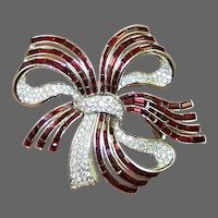 TRIFARI 'Alfred Philippe' Large Ruby Red and Pave Crystals Bow Pin w/Original Case