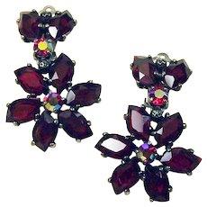 SCHIAPARELLI 1950's Ruby Glass Floral Pendant Clip Earrings