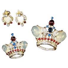 TRIFARI 'Alfred Philippe' Sterling Large and Medium Moonstone Cabochon Crown Pins and Screwback Earrings
