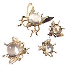 TRIFARI 'Alfred Philippe' STERLING Big and Medium Lucite 'Jelly Belly' Fly Pins and Small Fly Clip Earrings Set