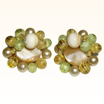 Vintage Natural Mother-of Pearl Slices & Rounds Clip Earrings