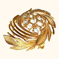 Vintage Lisner Rhinestone Crystal and Gold-Plate Pin/Brooch, SALE!