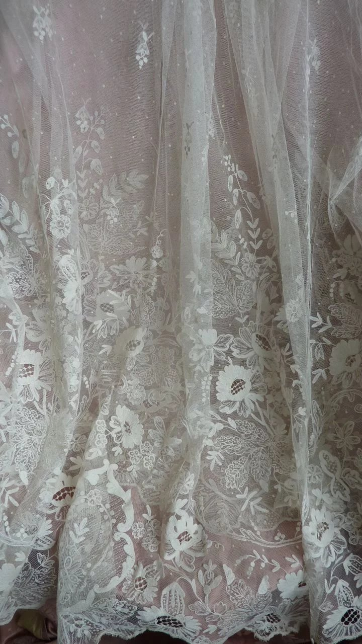Splendid th c french hand embroidered tulle lace floral