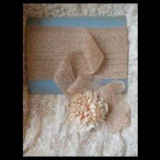 Superb flounce French cafe au lit lingerie net lace : floral motifs :  + 7 1/2 yards : circa 1920