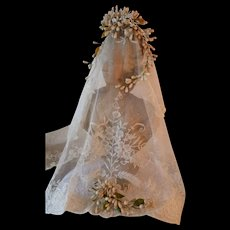 Beautiful 19th C. French brides wax wedding crown : tiara : flowers