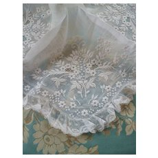 Exquisite 19th C. French bridal wedding handkerchief : hand embroidered floral bouquets : lace