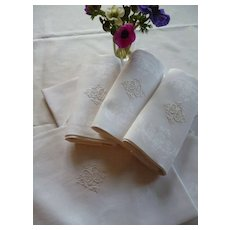 Beautiful set 8 French linen damask napkins : serviettes : monogram  PGB : floral bouquet motifs