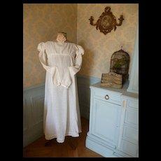 Rare early 19th C. French ladies Empire : Regency style white muslin dress : Jane Austin era