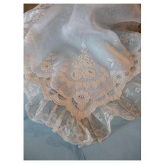 Exquisite 19th C French bride's wedding hanky : handkerchief : hand embroidery : lace : box