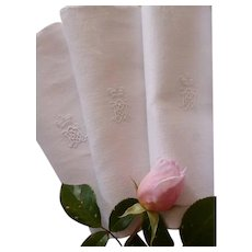 10 beautiful 19th C. large snowy white linen damask serviettes : napkins : crown : monogram