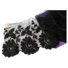 Delicious antique French black blonde de Caen style machine lace flounce : original shop label : 75 inches long
