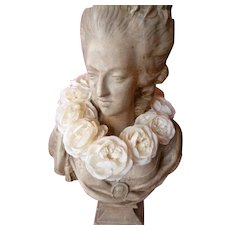 Vintage French faded grandeur communion crown : plump fabric roses : period display !