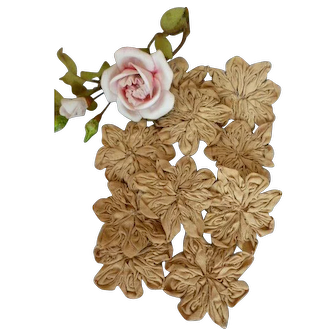 Exquisite 19th C. French hand made parchment colored linen fabric flowers : doll projects ( 10 )