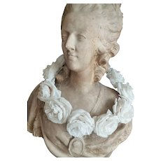 Delicious vintage French white fabric plump rose crown : period display