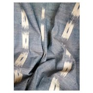 Large morceau 18th century indigo & white Ikat flame woven fabric : 52 x 43 1/2 inches