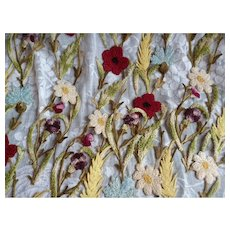 Exquisite antique recuperated floral and foliage embroidery applications ( 7 ) : projects